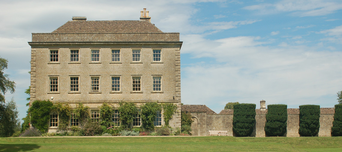 luxury cotswold self catered holiday cottage rental