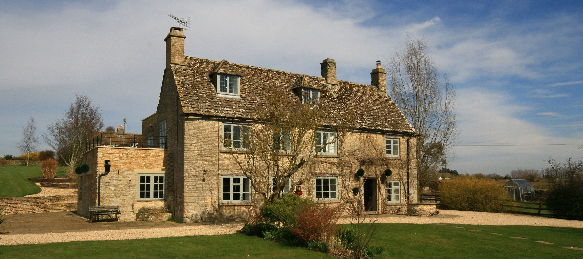 the-folly-cotswold-cottage