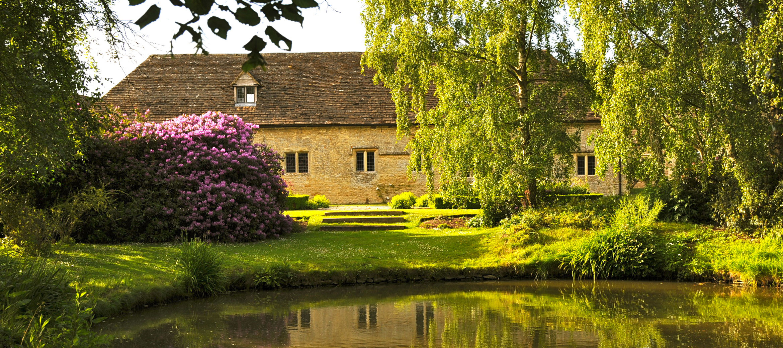 langley-park-pond