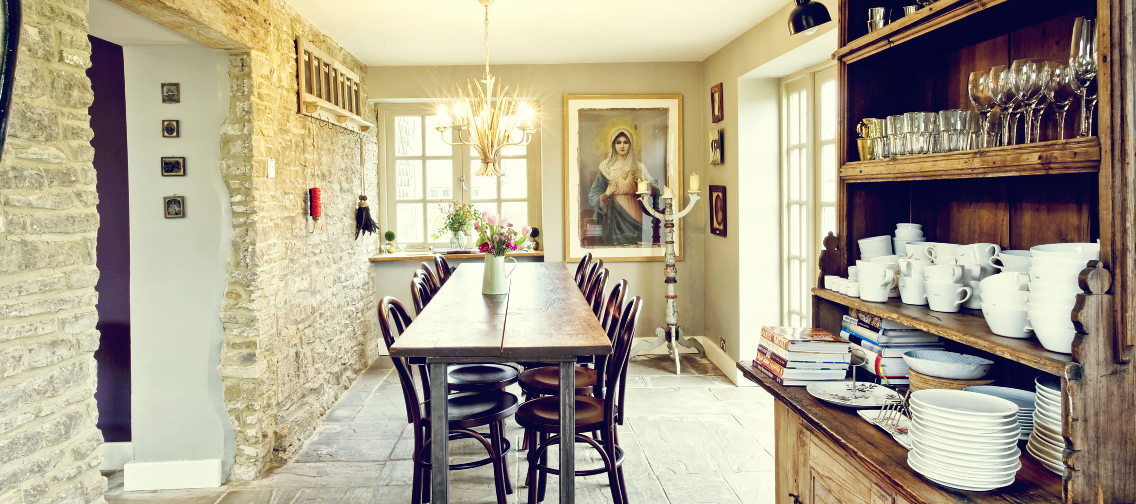 the-folly-cotswold-cottage-Dining