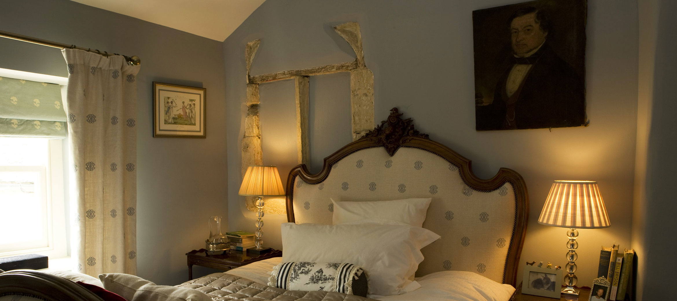 Singer-House-chipping-campden-bedroom