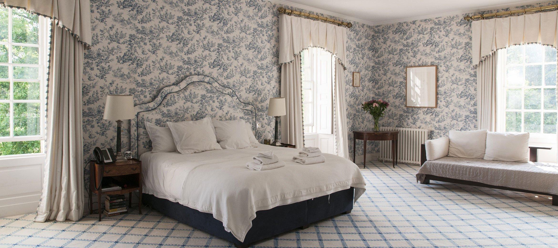 Langley-Park-master-bedroom