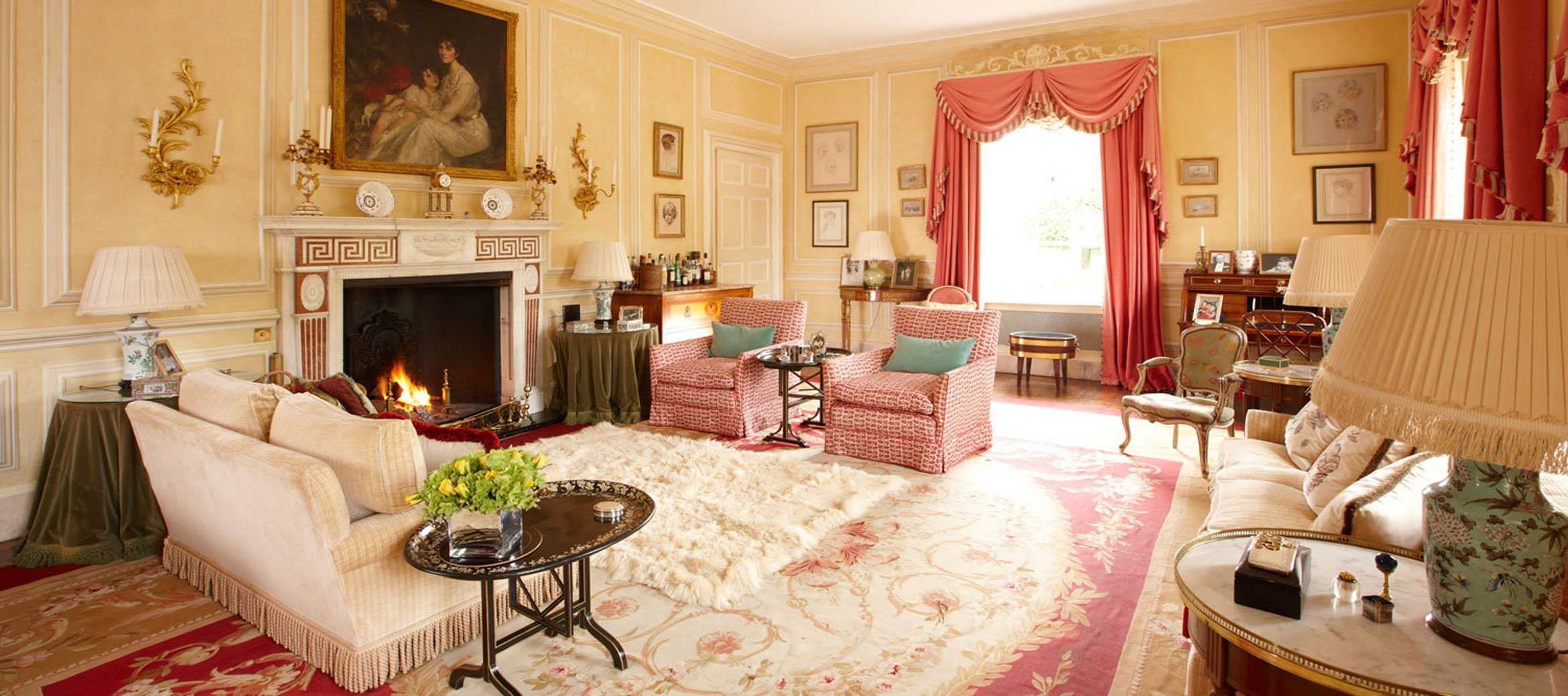 cornwell-manor-drawing-room