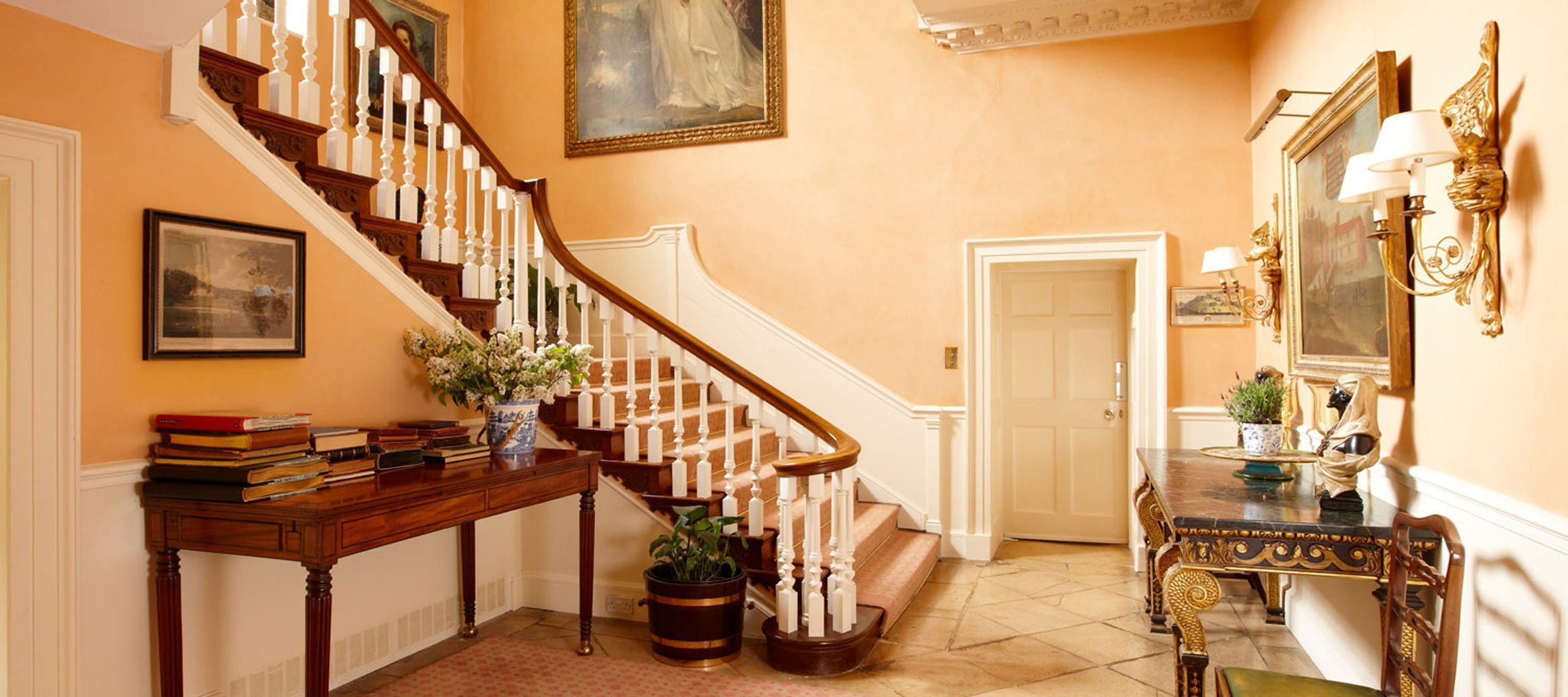 cornwell-manor-staircase