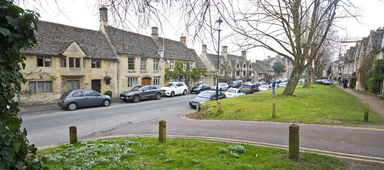 burford-cotswold-cottage-sheep-street