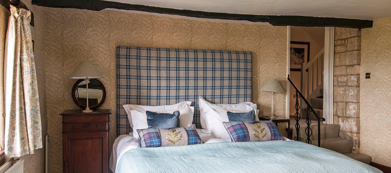 dryhill-luxury-cotswold-farmhouse-DSC_2800