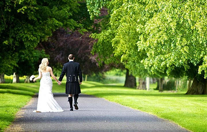 bradley-house-wiltshire-wedding-featured
