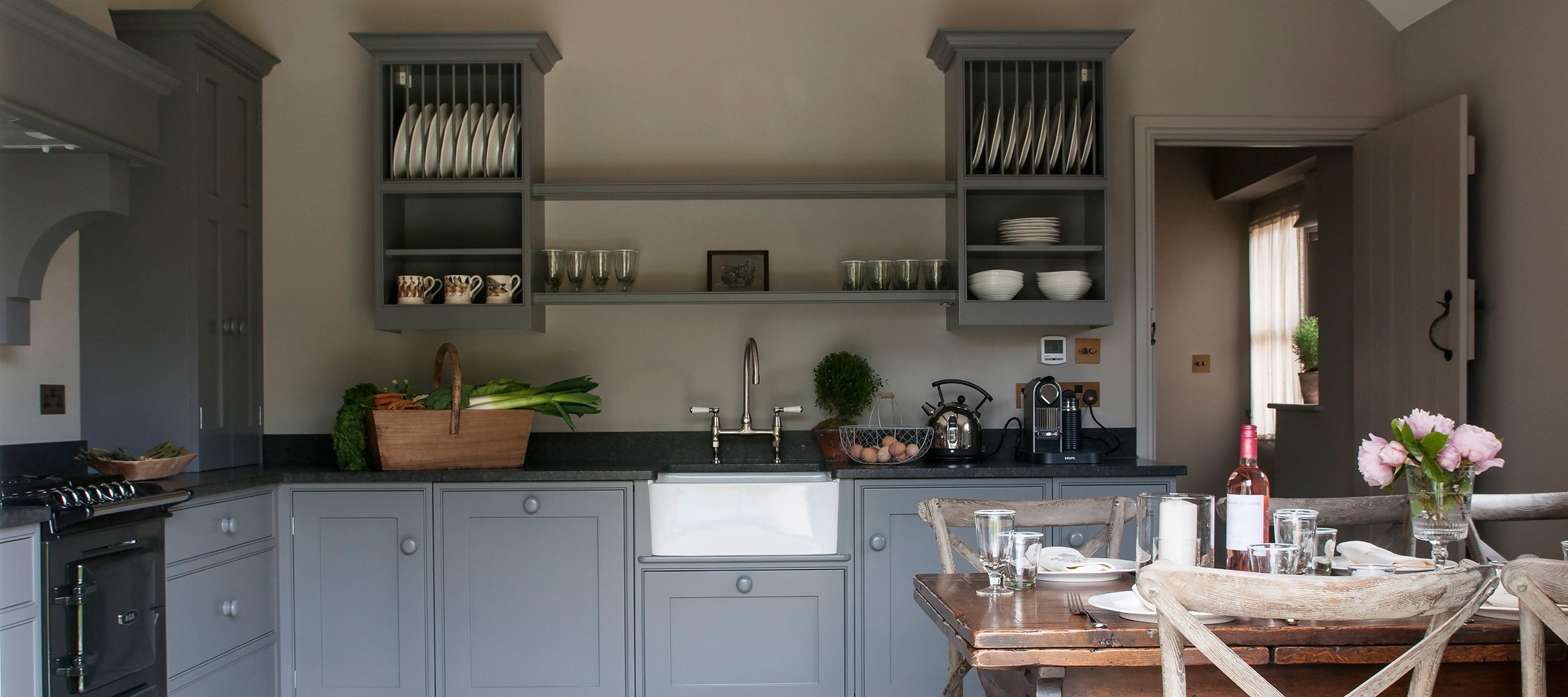 dovecote-luxury-cotswold-cottage-kitchen-dining-room