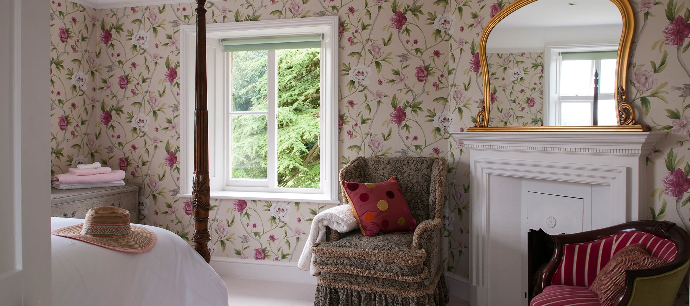 old-rectory-broadway-bedroom-three