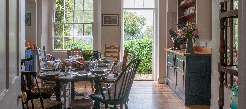 old-rectory-broadway-breakfast-room