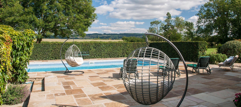 old-rectory-broadway-pool-swings