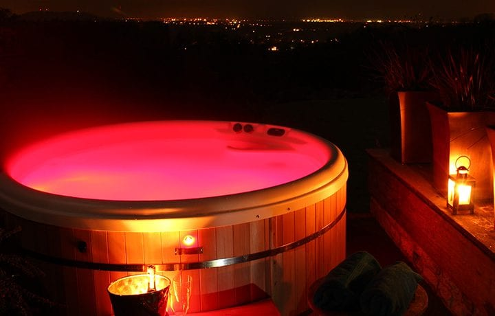 dryhill-hot-tub-night-featured