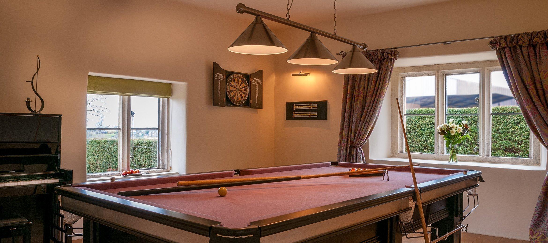cotswold-burden-court-billiard-room