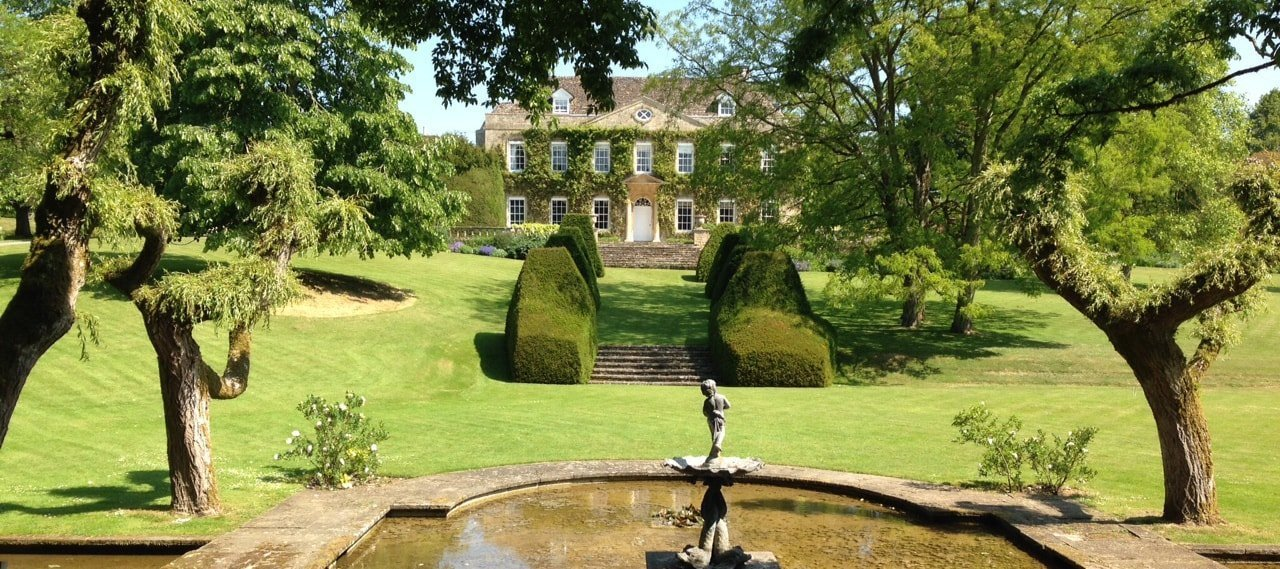 cornwell manor fountain