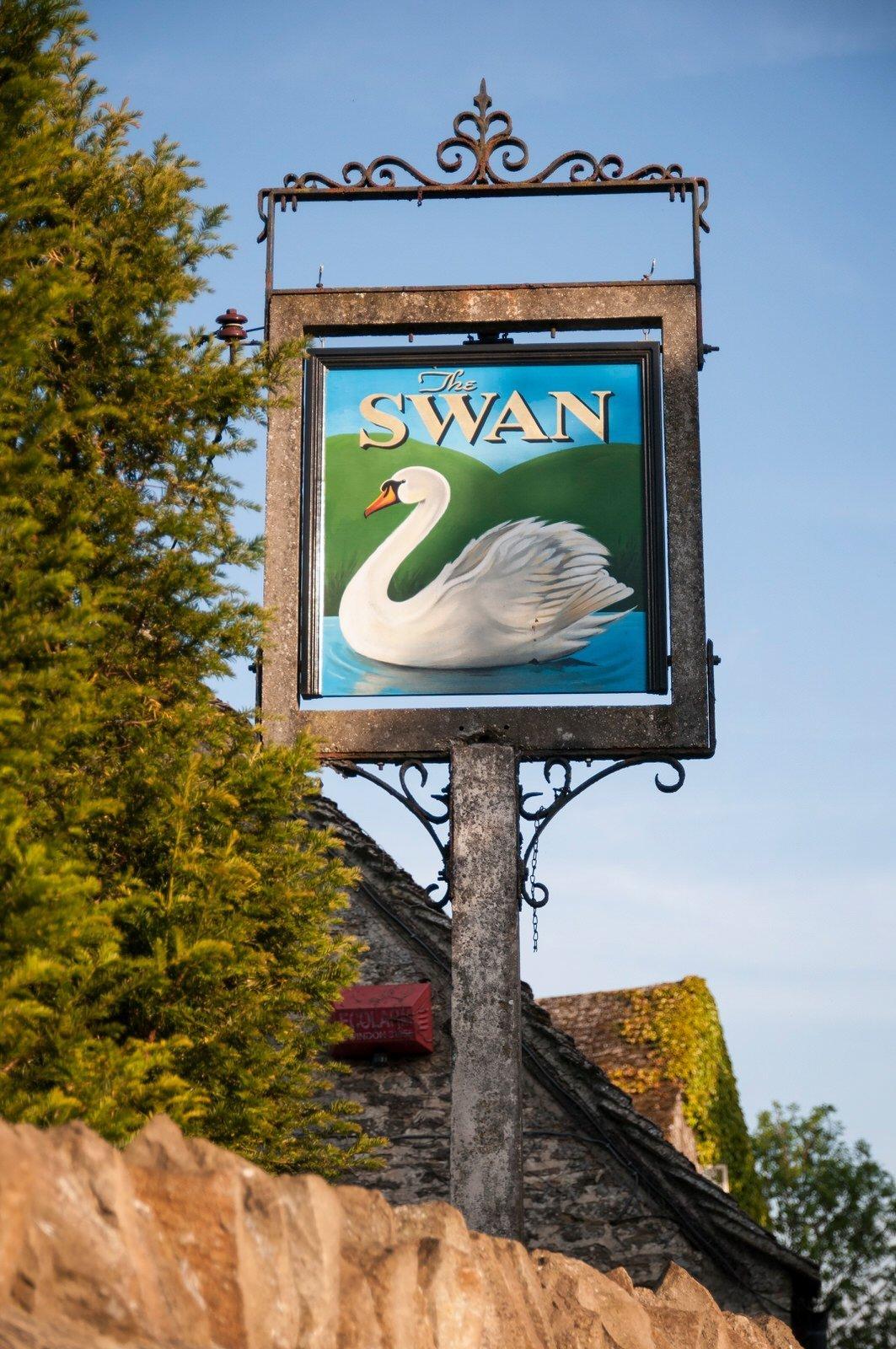 The Swan, Southrop