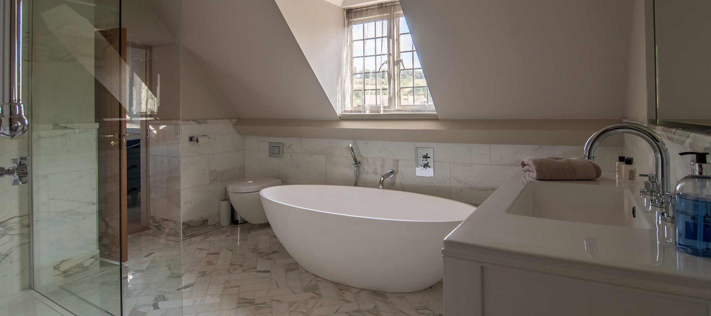 lower-brook-house-bathroom