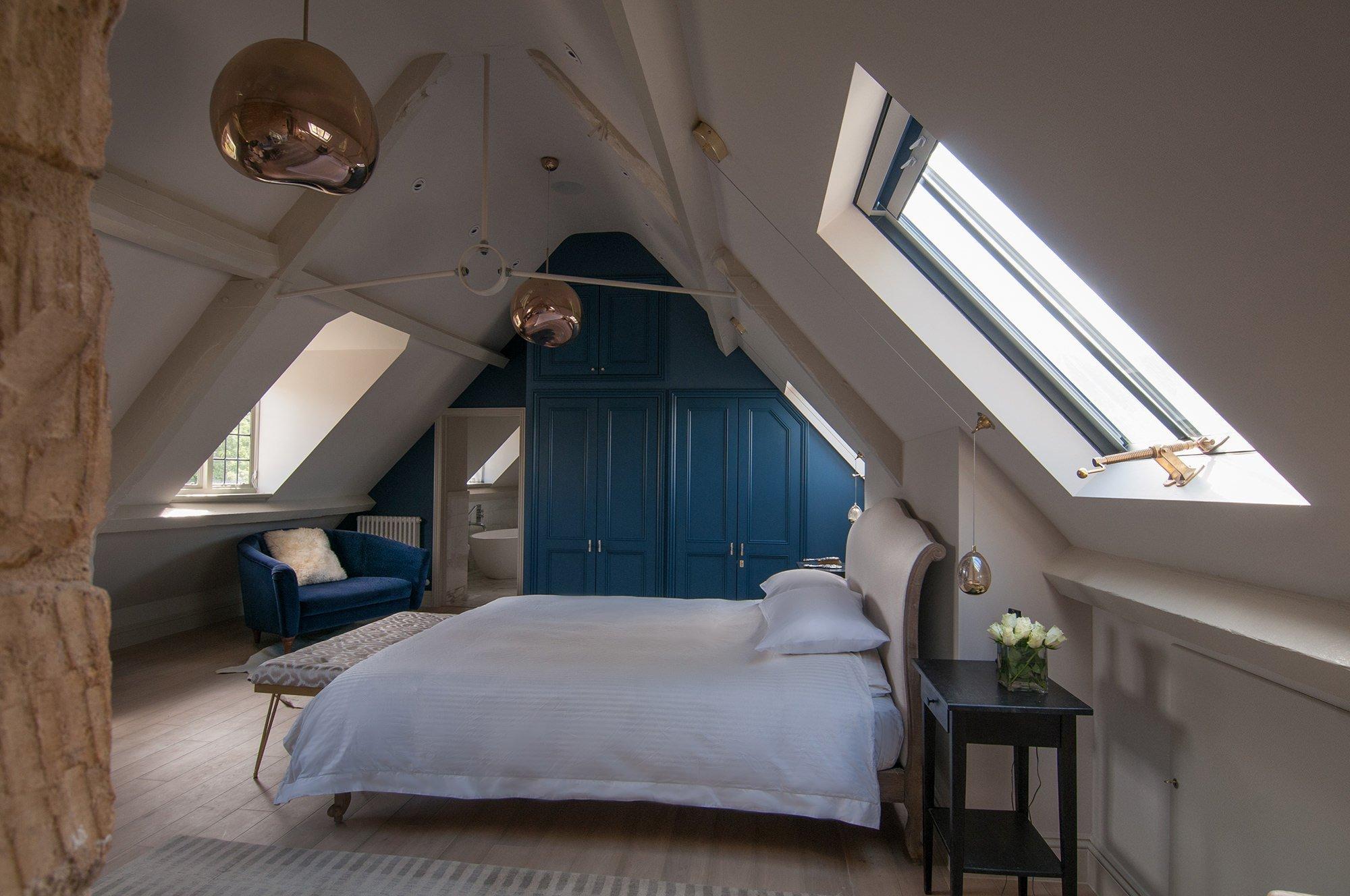 lower-brook-house-master-en-suite-bedroom