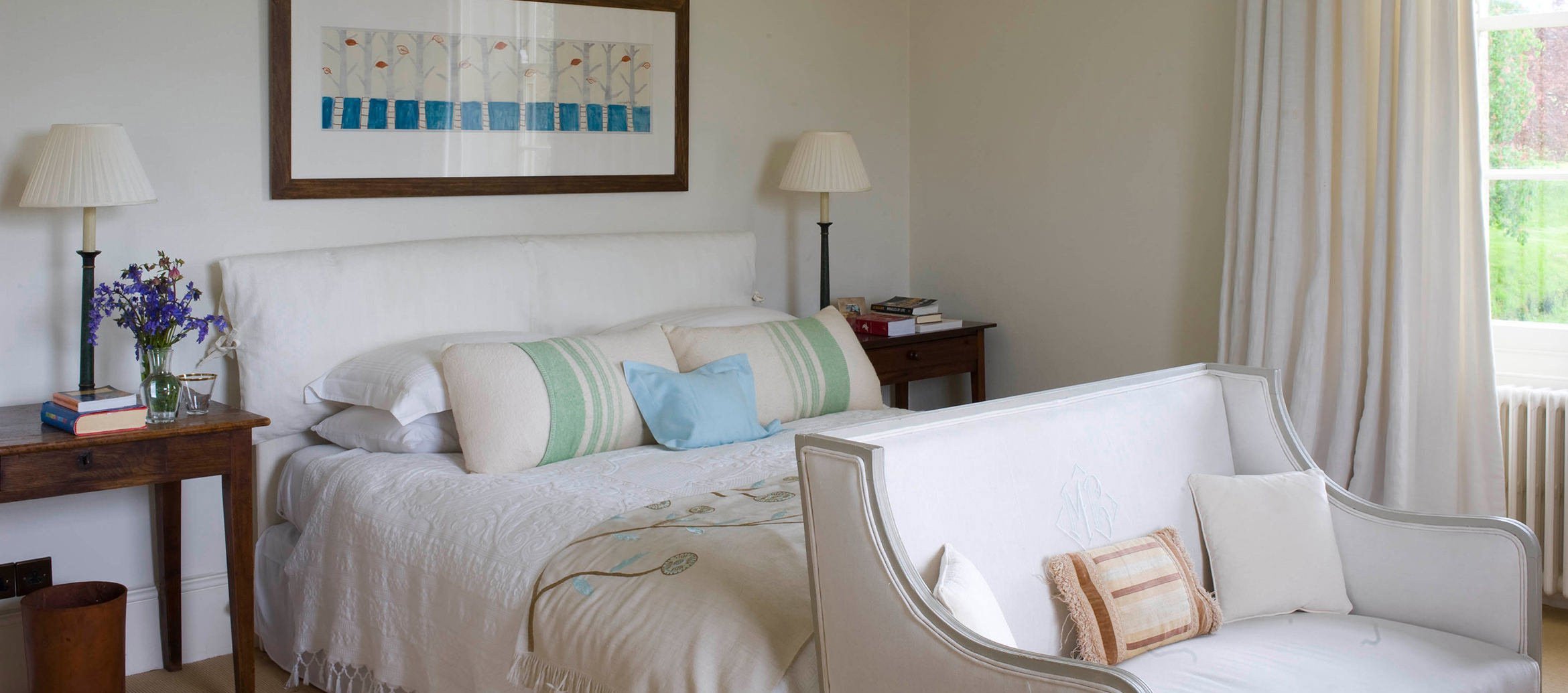 churchill-manor-chipping-norton-double-bedroom