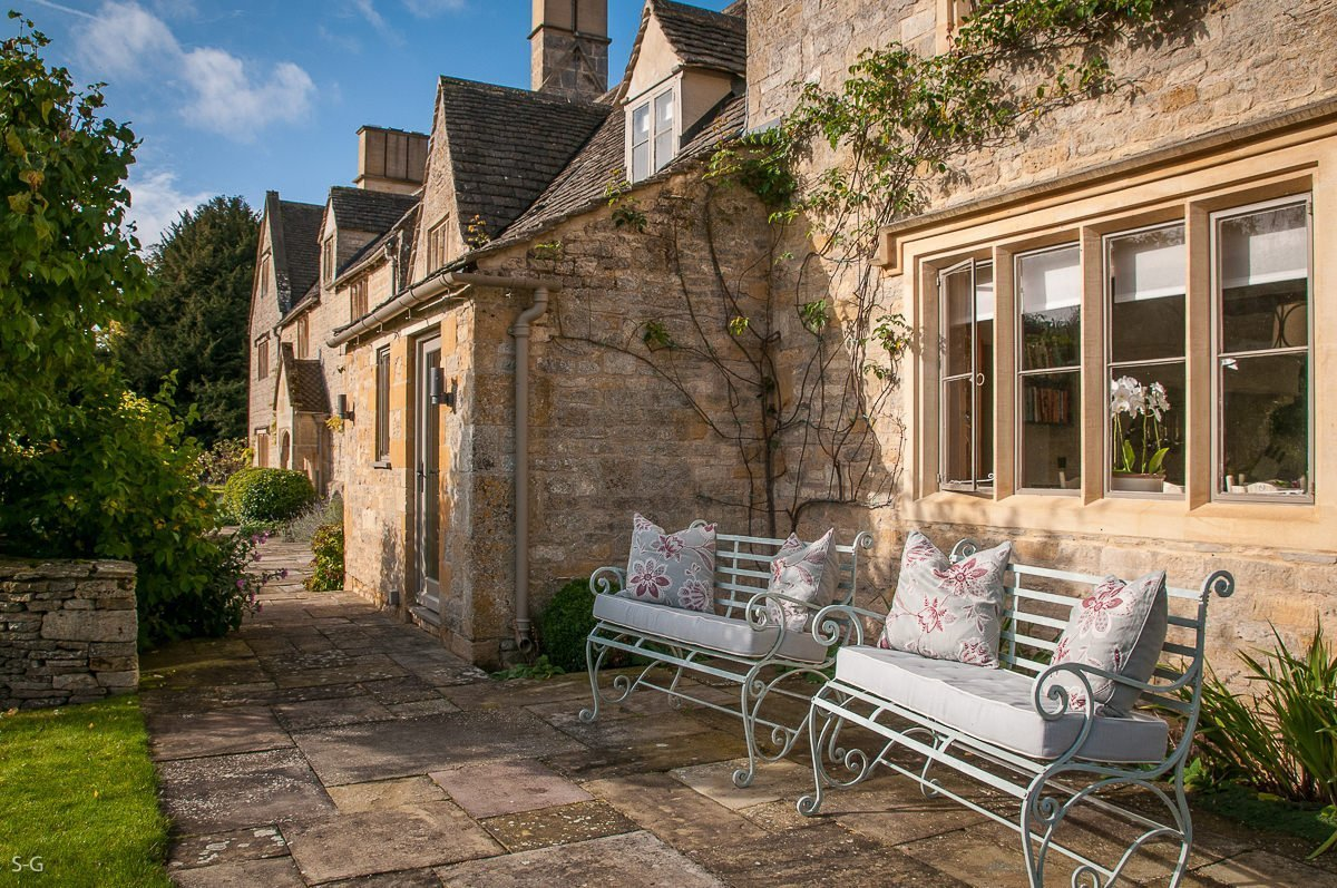 luxury-guiting-power-9497