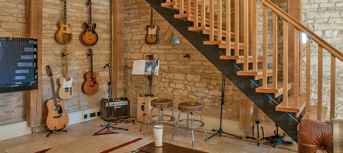 luxury-guiting-power-guitars