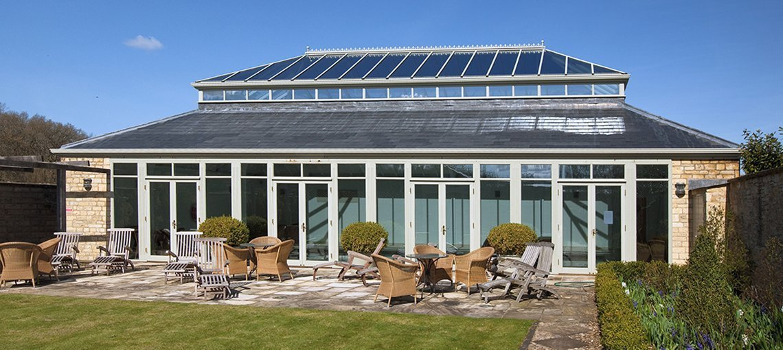bruern-holiday-cottages-spa-swimming-pool