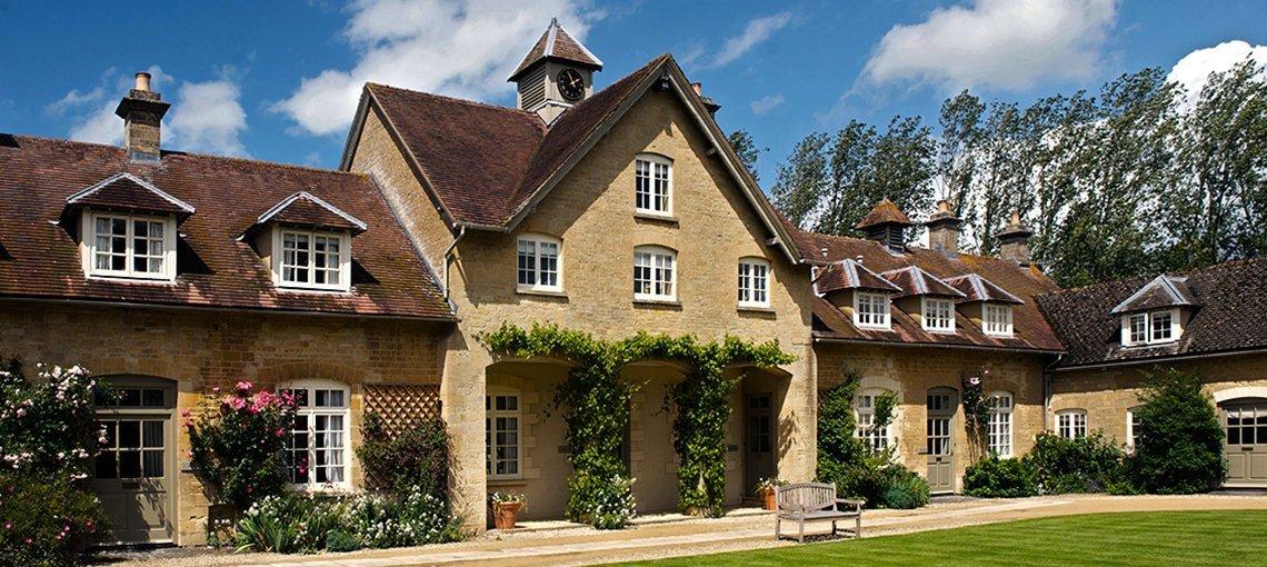 bruern-holiday-cottages-quad