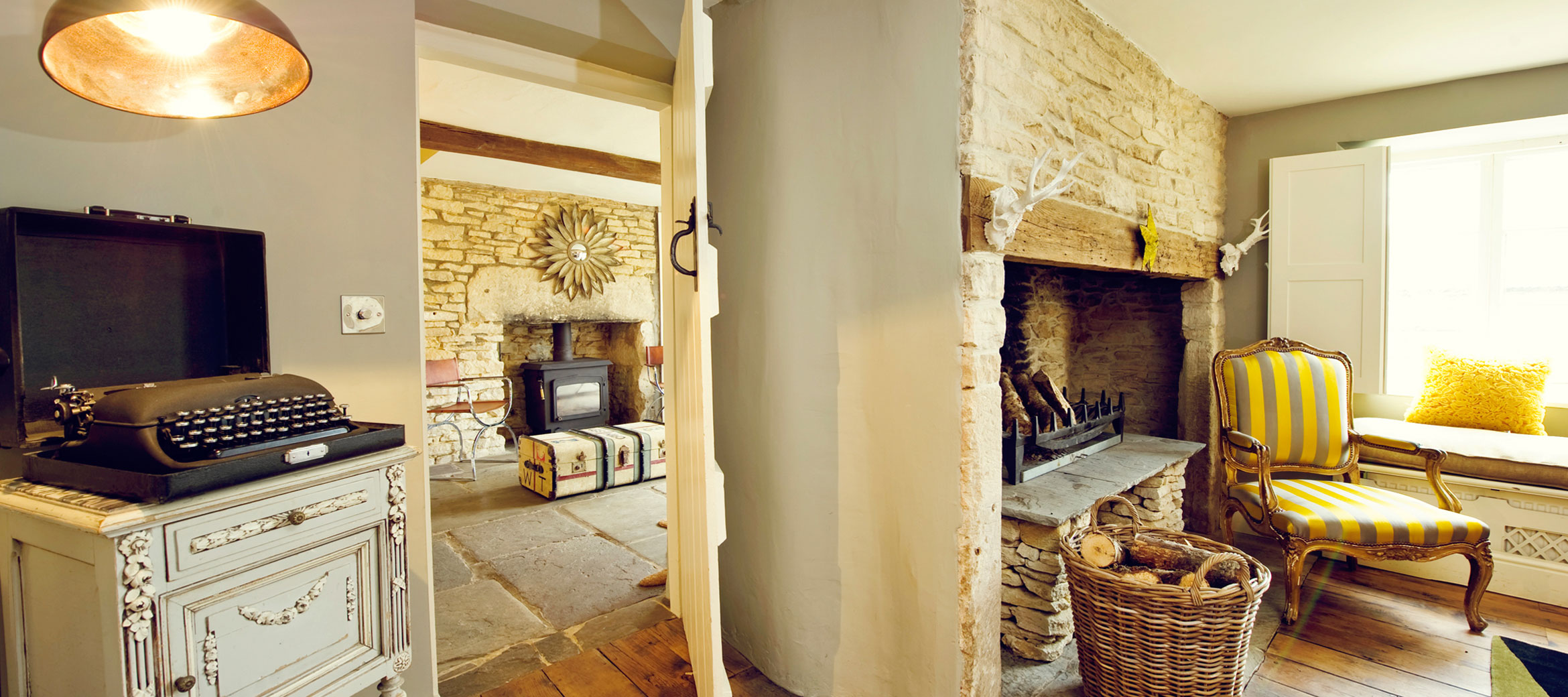 the-folly-cotswold-cottage-hall-snug