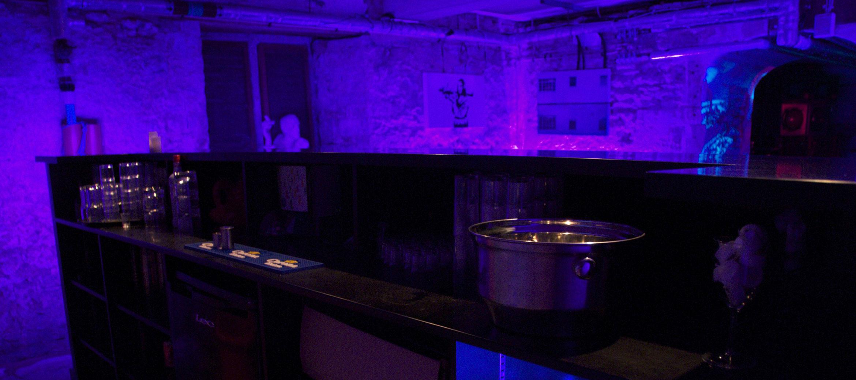 langlet-park-cotswold-nightclub-bar