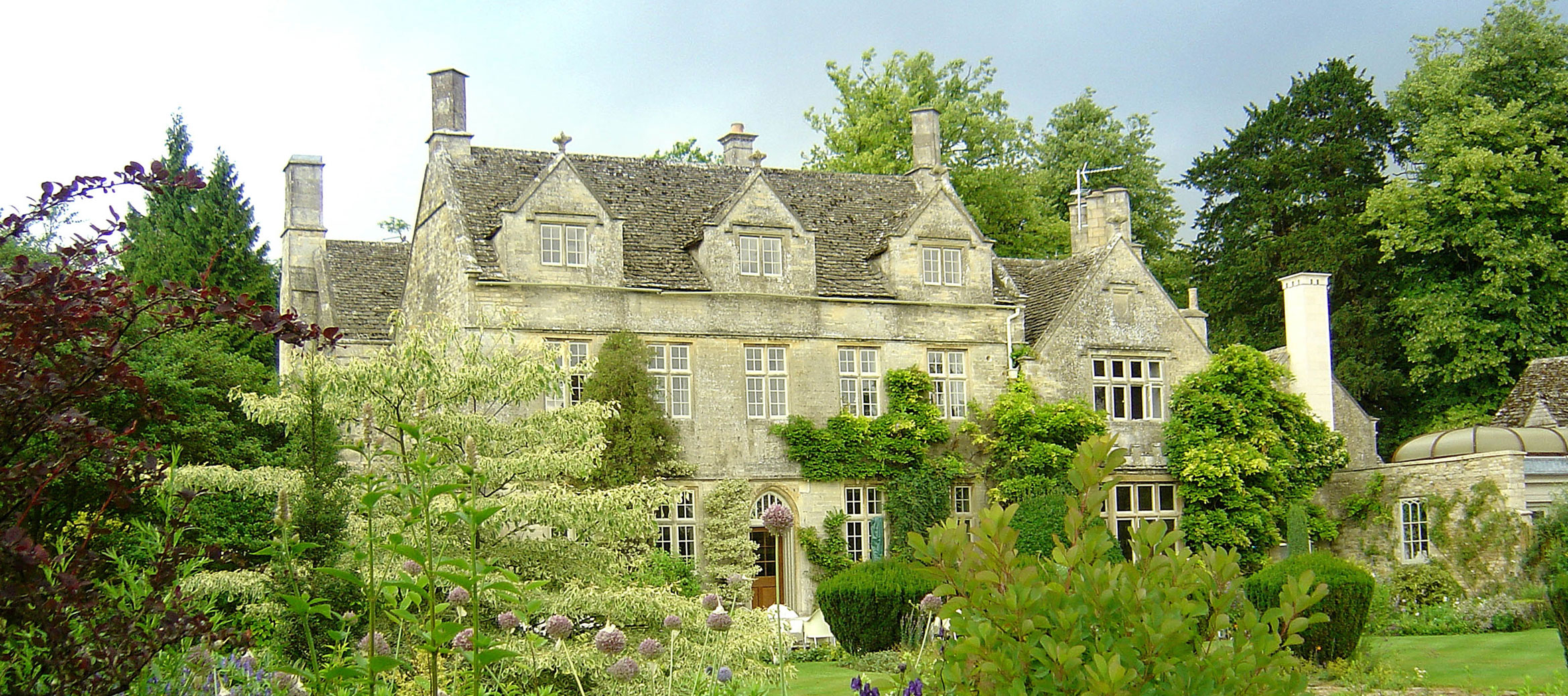 home-farm-cottage-barnsley-house-hotel