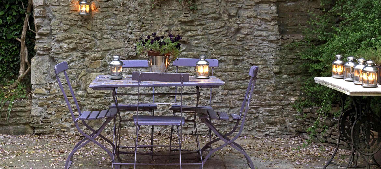 old-surgery-provence-style-courtyard-garden