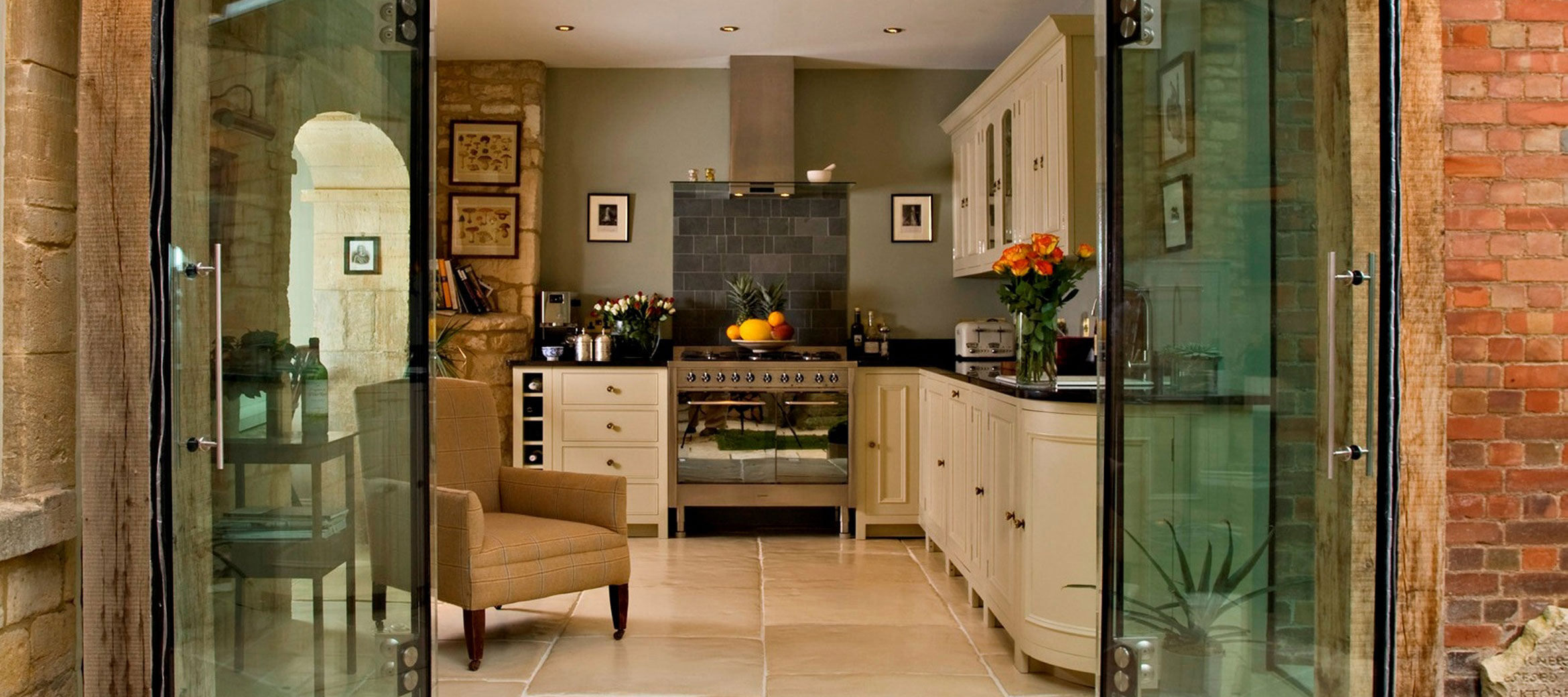 singer-house-chipping-campden-kitchen