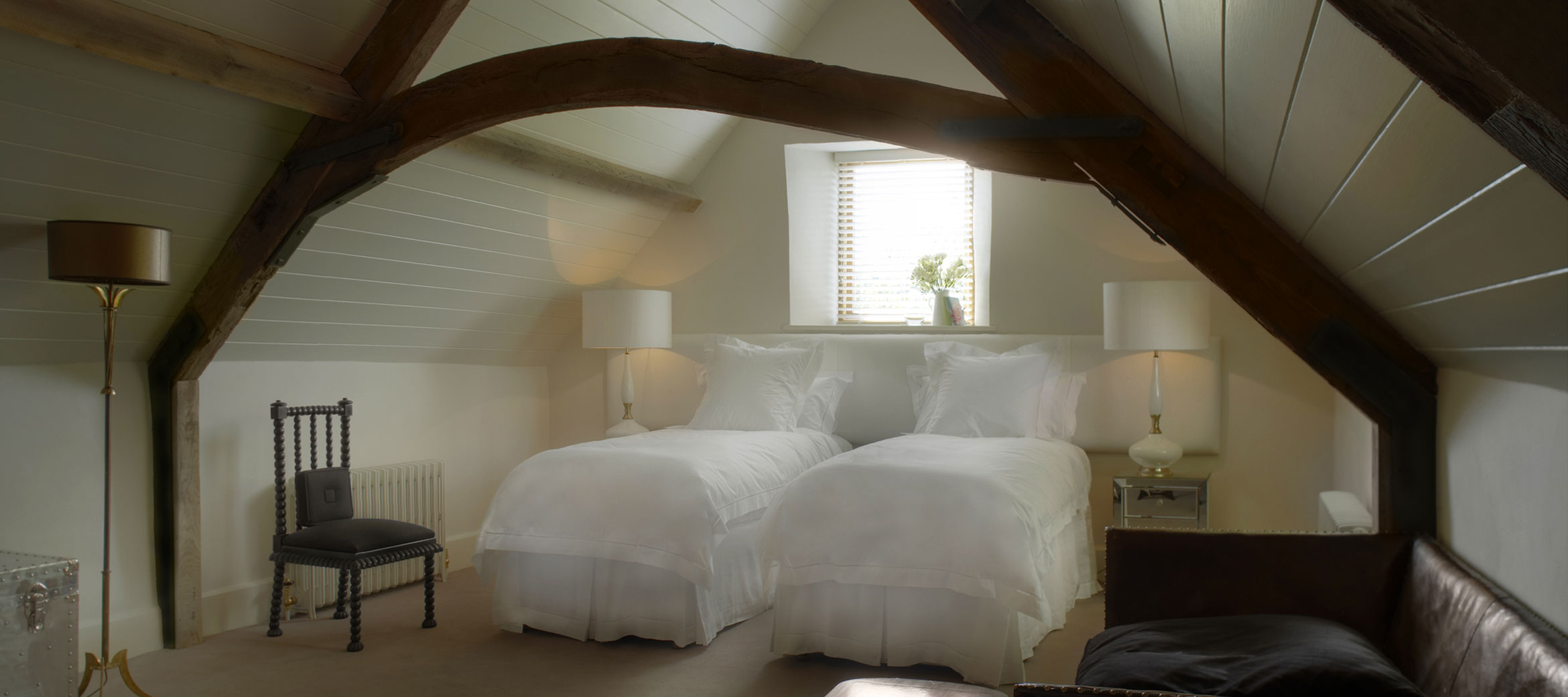 Temple-Guiting-Barn-Twin-Bedroom