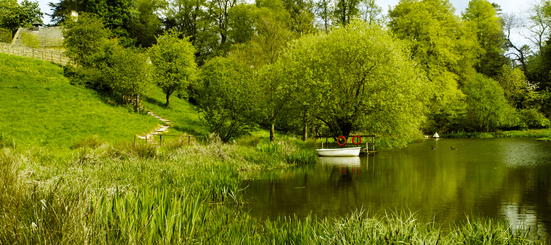 Temple-Guiting-Manor-Boating-Lake