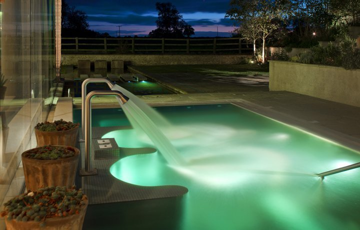 home-farm-cottage-garden-spa-featured