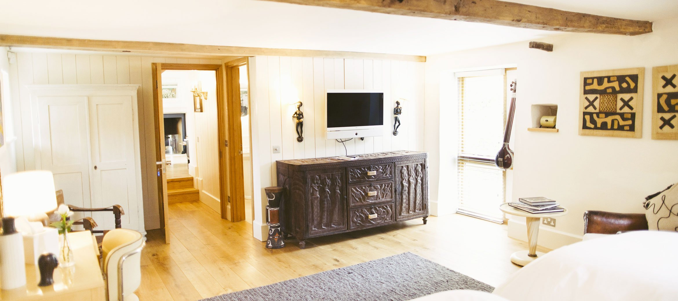 Temple-Guiting-Barn-Ground-Floor-Ensuite-Bedroom