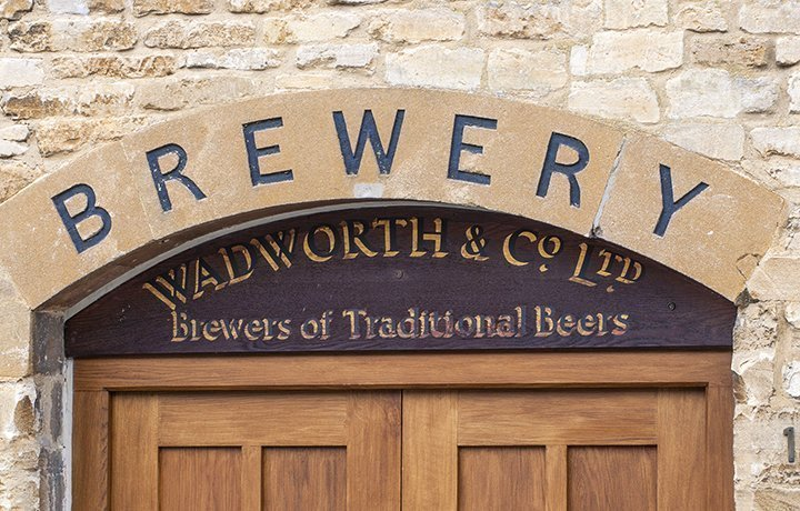 the-brewery-burford-cotswold-cottage-featured