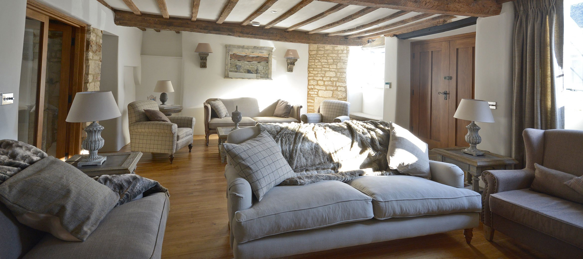 burford-cotswold-cottage-drawing-room