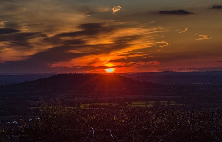 dry-hill-sunset-luxury-cotswold-cottage