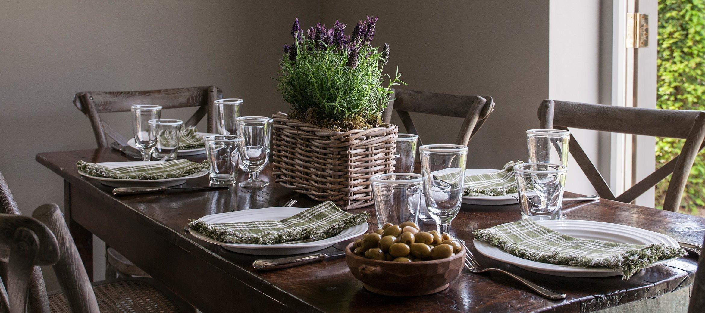 greys-luxury-cotswold-cottage-lavender