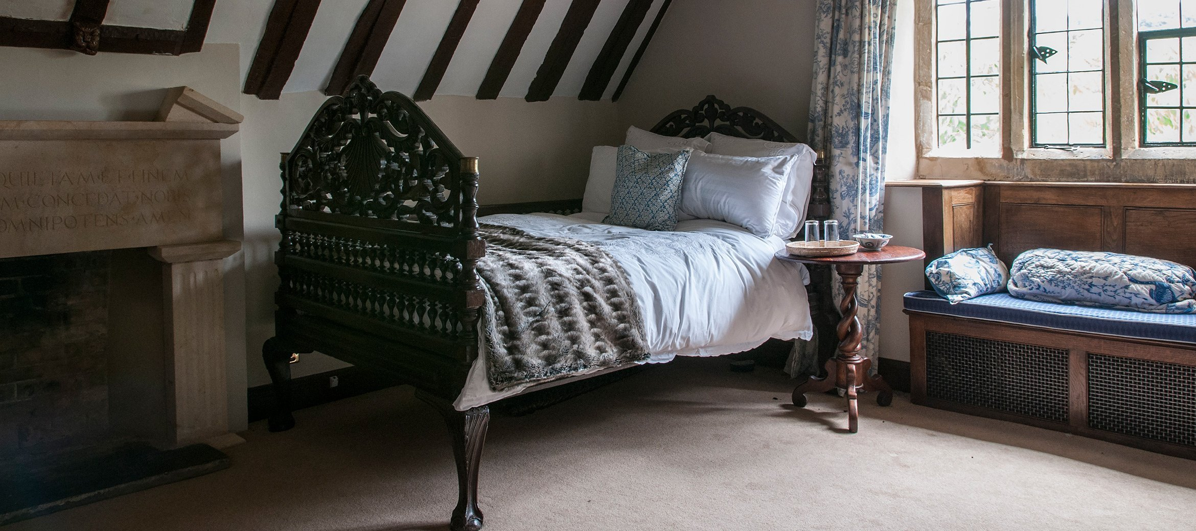 broadway-cotswold-manor-house-bedroom