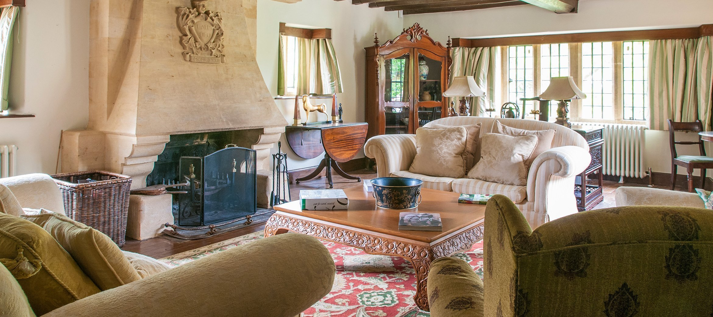 broadway-cotswold-manor-house-drawing-room