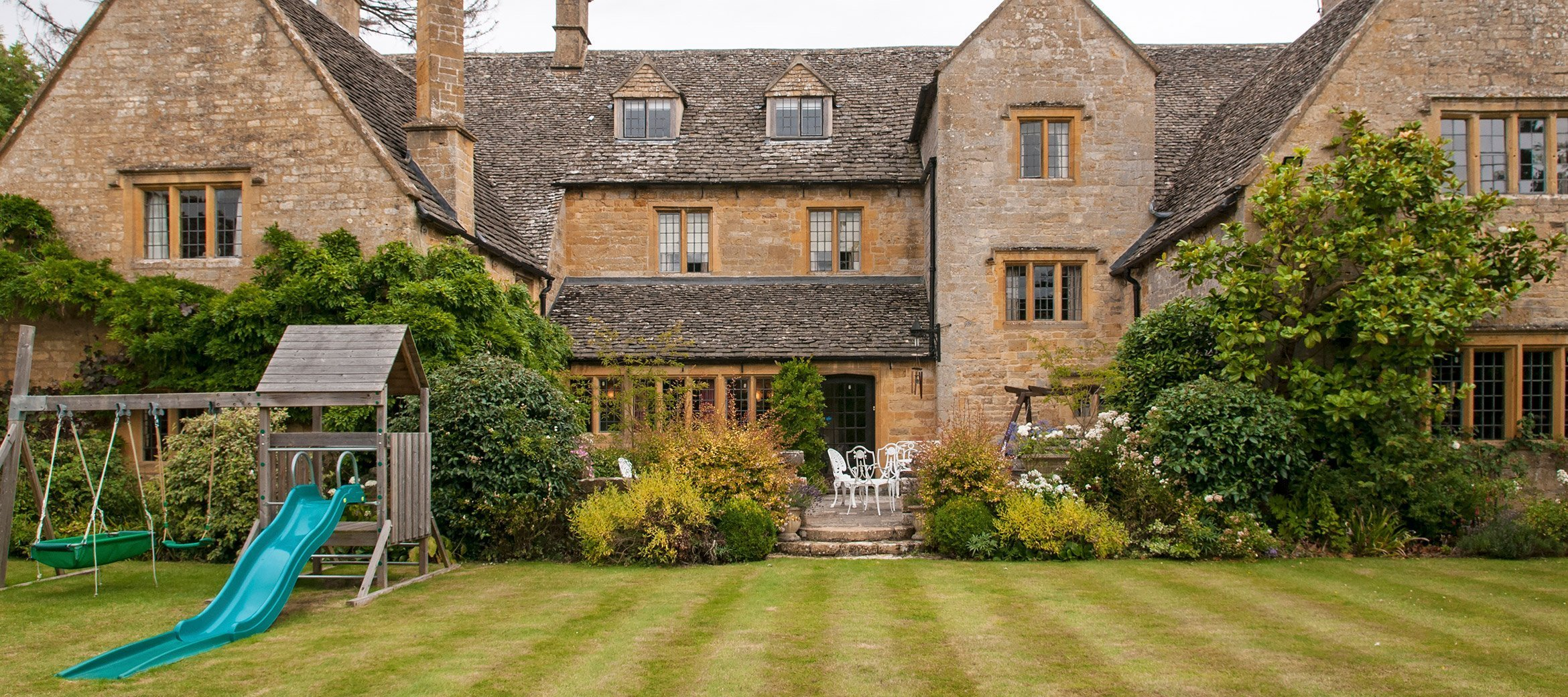 broadway-cotswold-manor-house-play-set