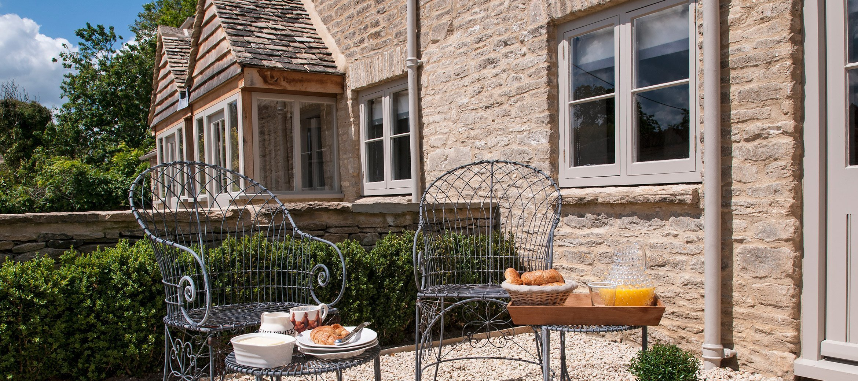 greys-cottage-terrace