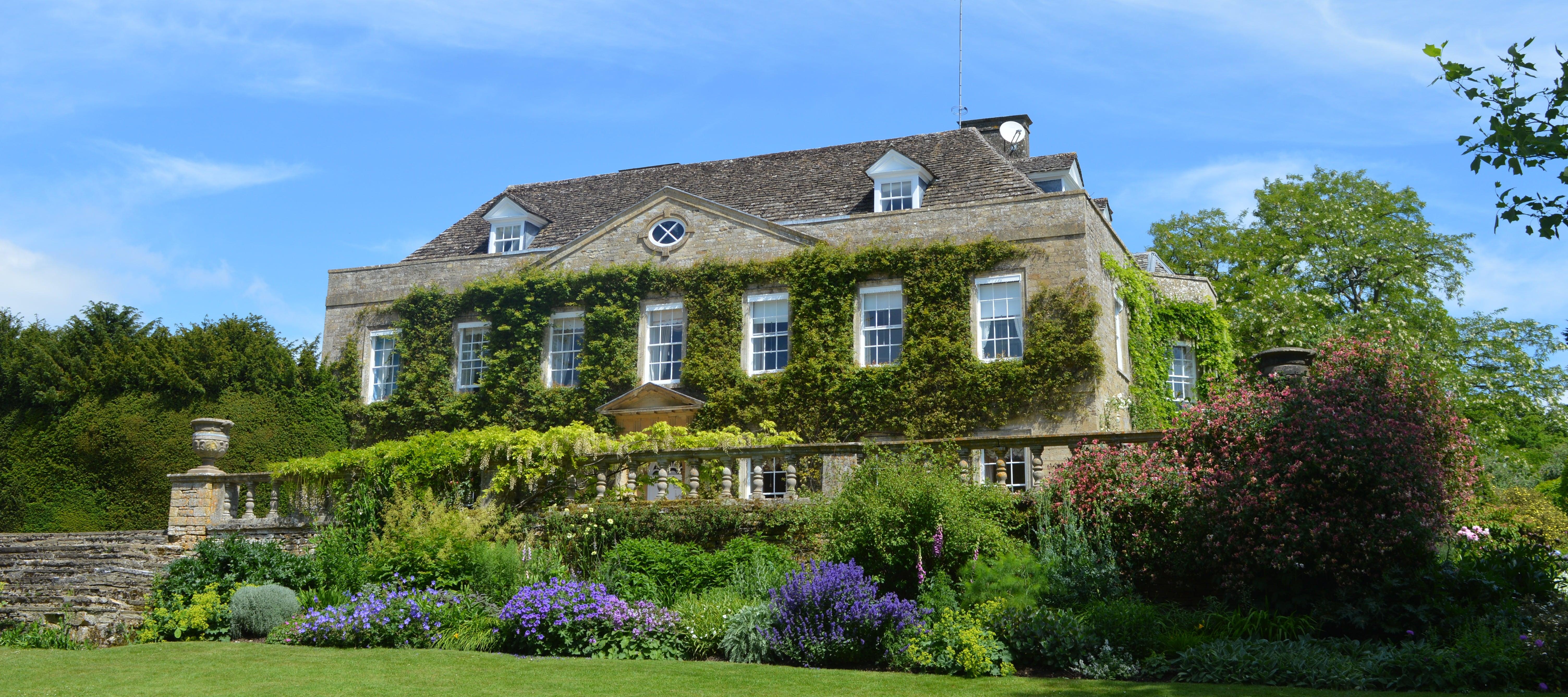 cornwell-manor-back