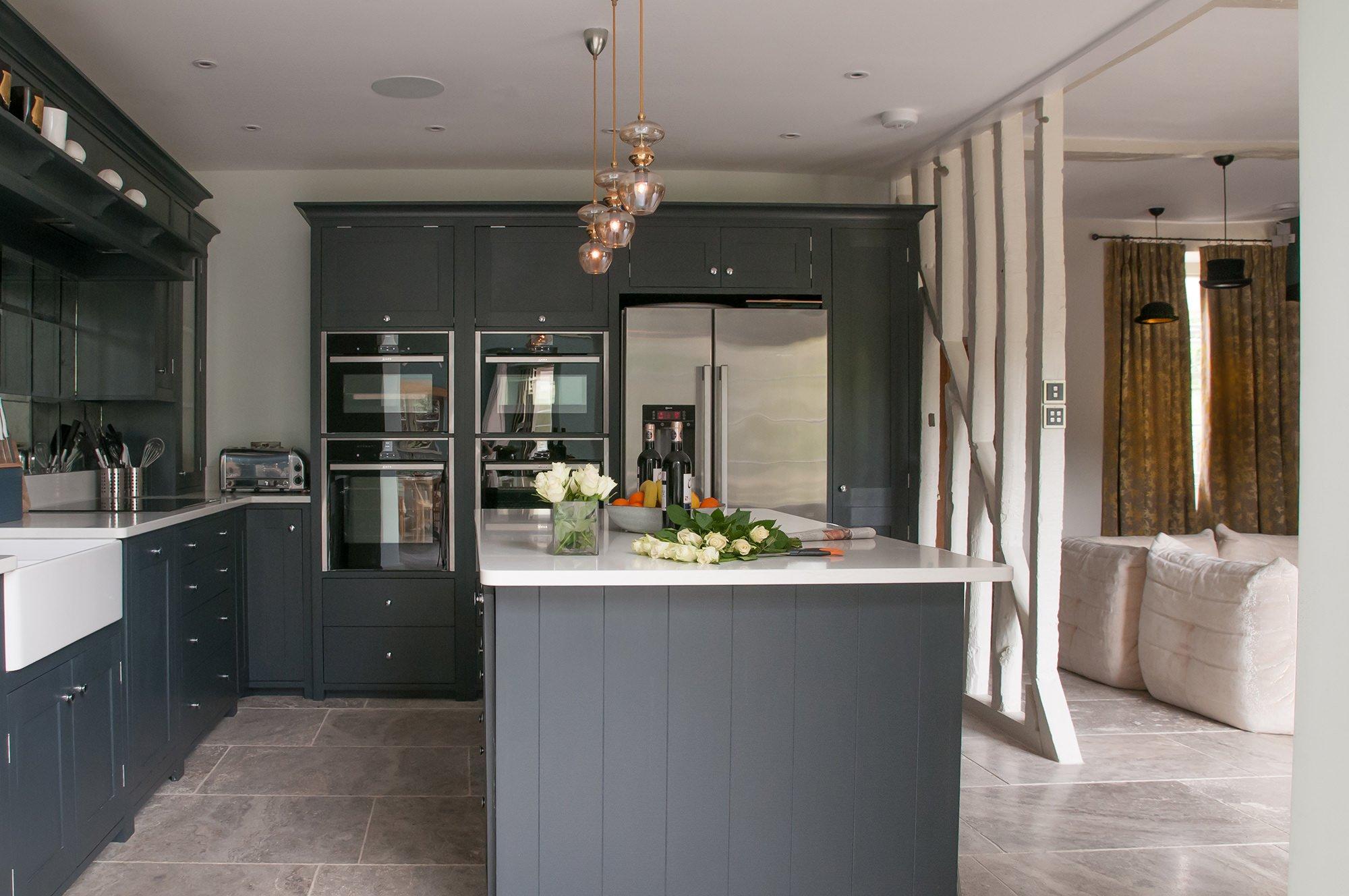 lower-brook-house-breakfast-kitchen-island