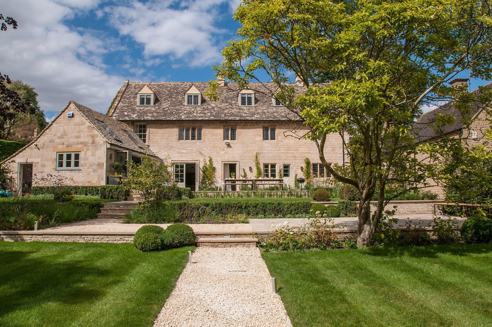 lower-brook-house-garden-terraces