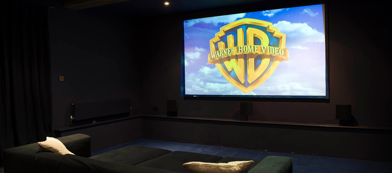 churchill-manor-chipping-norton-cinema-room
