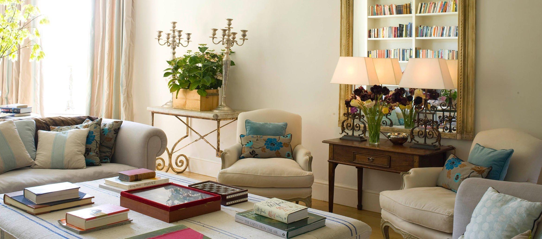 churchill-manor-chipping-norton-drawing-room-sofa