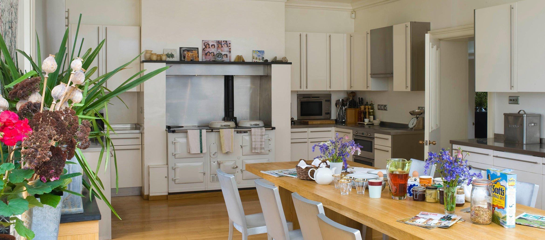churchill-manor-chipping-norton-kitchen-breakfast