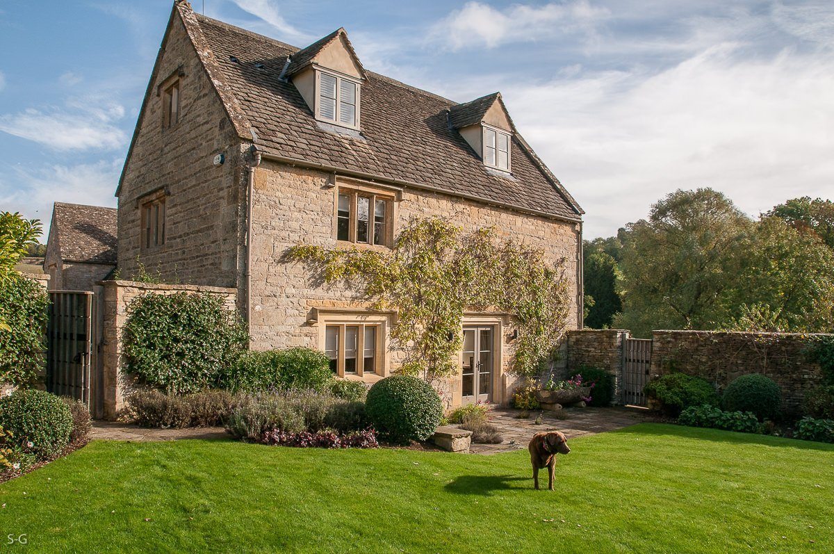 luxury-guiting-power-9487